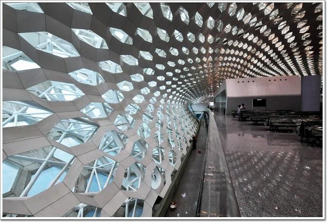 钢架玻璃结构屋顶