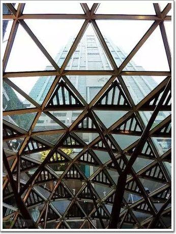 上海k11艺术购物广场自由空间曲面钢结构焊接节点